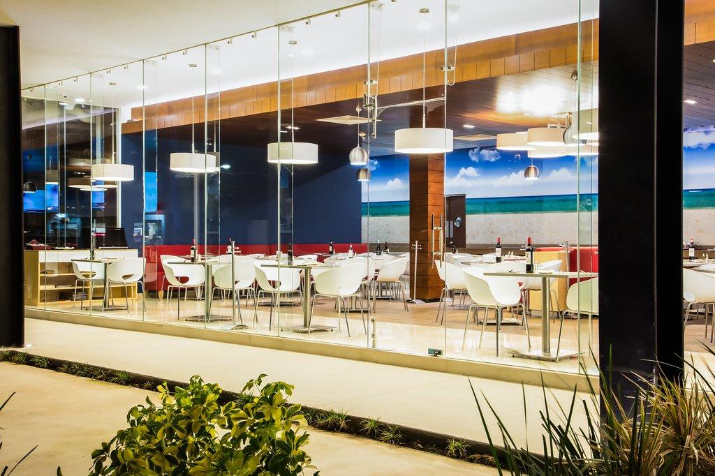 Fiesta Inn Playa Del Carmen - Restaurant <br/>Image from Leonardo