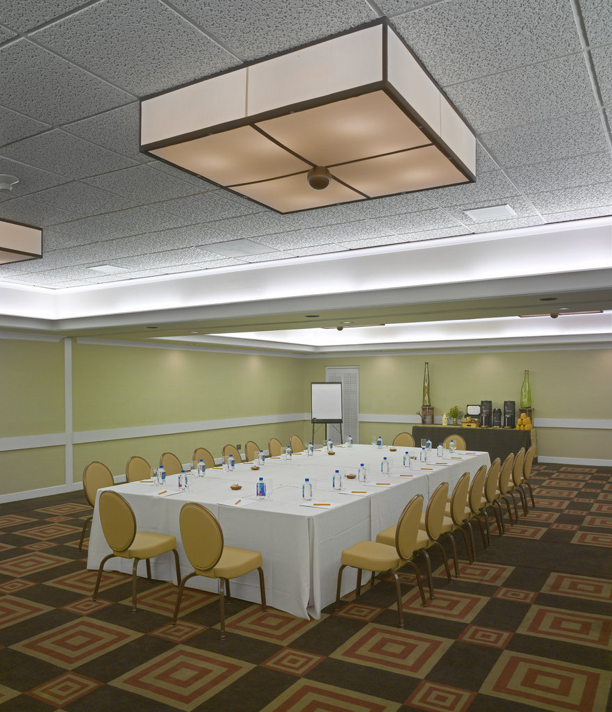 The Garland (Beverly Garland) - Cabrillo Room Conference <br/>Image from Leonardo