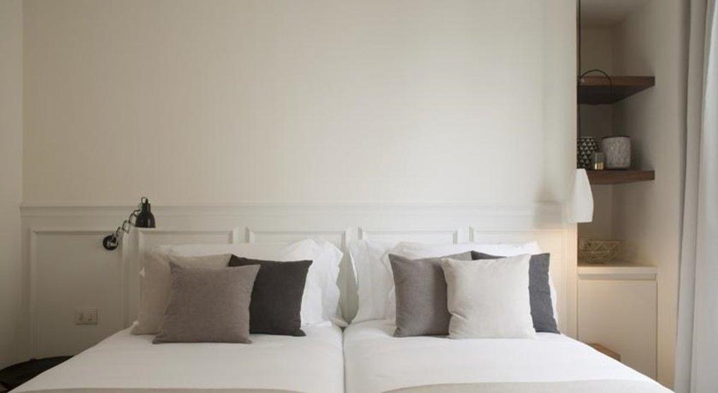 Dear Hotel - 114719 Guest Room <br/>Image from Leonardo