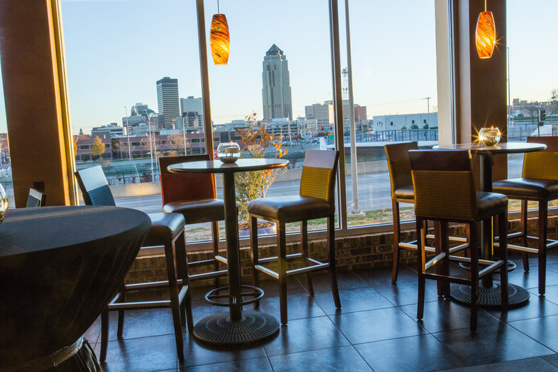 Holiday Inn Des Moines Downtown - Mercy Area-View from Cityscape<br/>Image from Leonardo