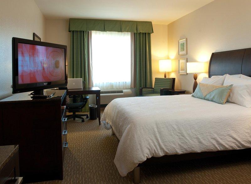 Hilton Garden Inn San Bernardino-Standard King Guestroom<br/>Image from Leonardo