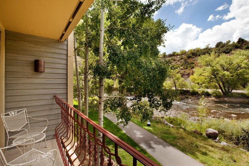 DoubleTree by Hilton Durango-River Path in Daylight<br/>Image from Leonardo