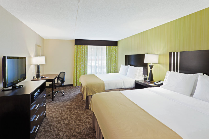 Holiday Inn Express Neptune-Two Queen Beds Guest Room<br/>Image from Leonardo