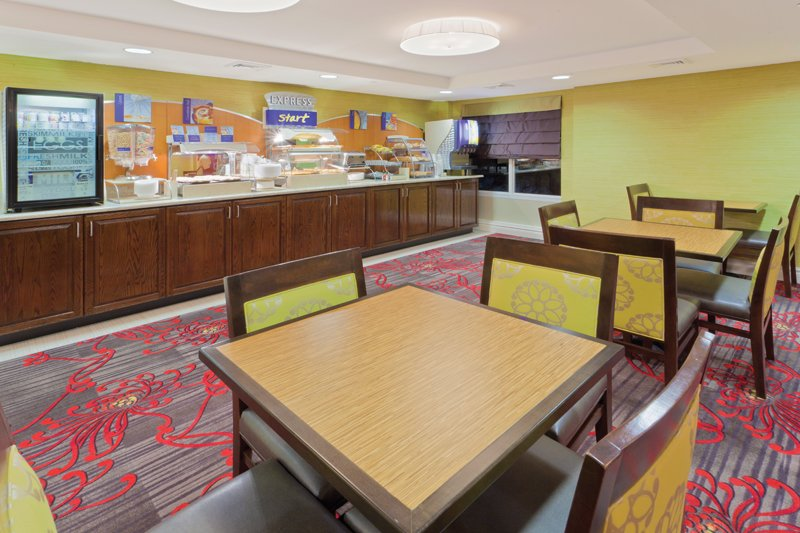 Holiday Inn Express Neptune-Express Start Breakfast Bar<br/>Image from Leonardo