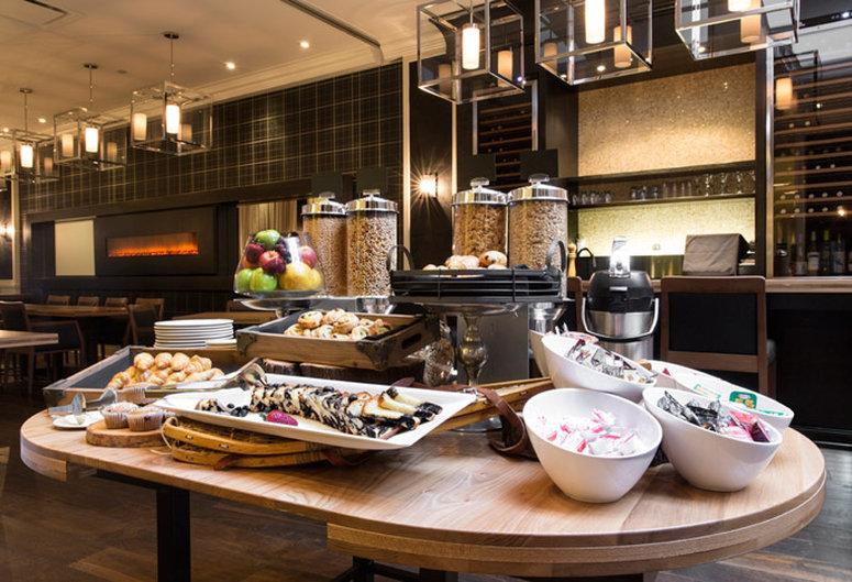 Hotel Manoir Victoria-HMVLa Table<br/>Image from Leonardo