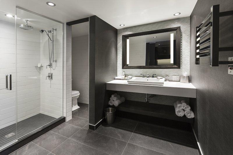 Hotel Manoir Victoria-Suite Sbains<br/>Image from Leonardo