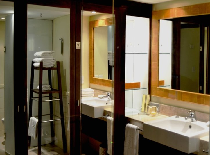 Shangri-La'S Fijian Resort & Spa-Bathroom OV<br/>Image from Leonardo