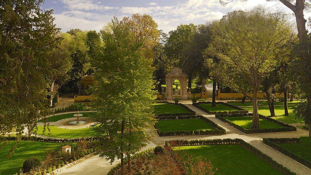 Four Seasons Firenze Hotel-Garden Panorama (Conventino side)<br/>Image from Leonardo