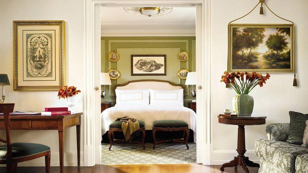 Four Seasons Firenze Hotel-Executive Suite<br/>Image from Leonardo