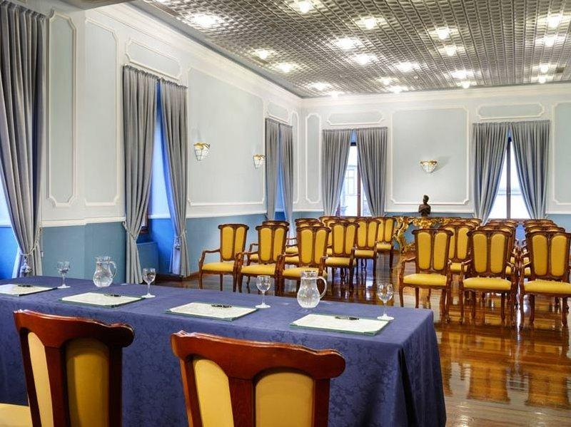Berchielli Hotel-Meeting Room<br/>Image from Leonardo