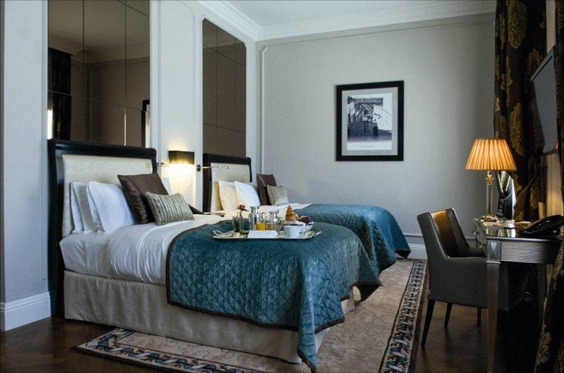Intercontinental Porto - Palacio das Cardosas-Double Bed Guest Room<br/>Image from Leonardo