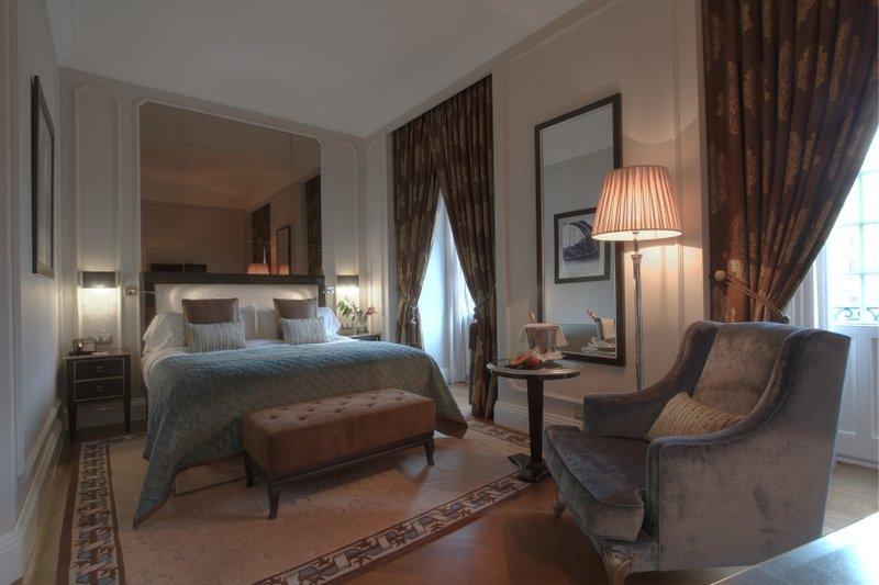 Intercontinental Porto - Palacio das Cardosas-King Bed Guest Room<br/>Image from Leonardo