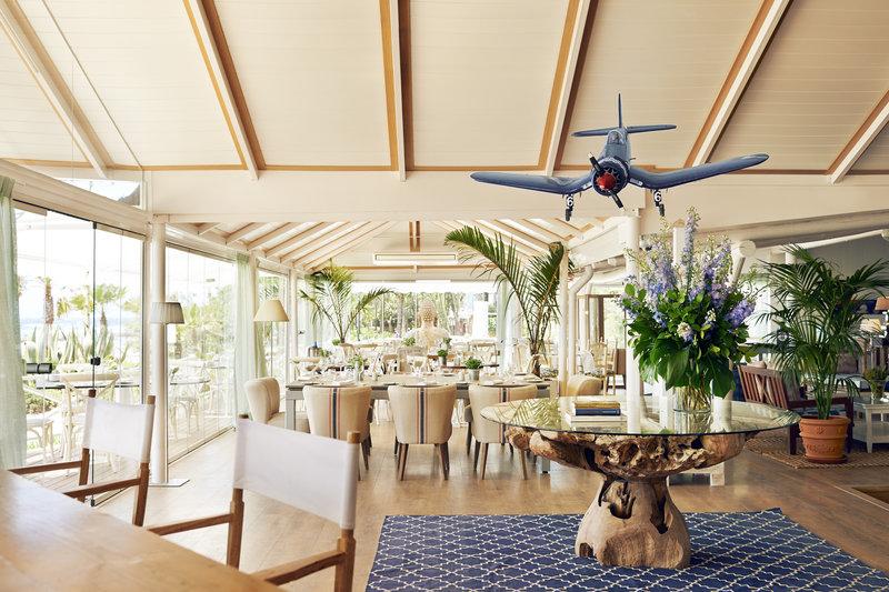 Hotel Puente Romano-Del Mar Beach Cafe - Mediterranean Cuisine<br/>Image from Leonardo