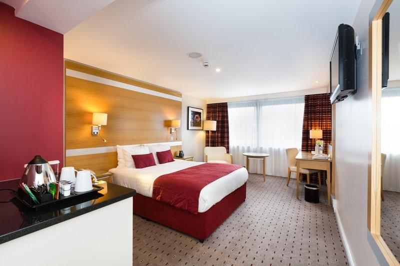 DoubleTree by Hilton Milton Keynes-Standard double bedroom not pitch facing<br/>Image from Leonardo