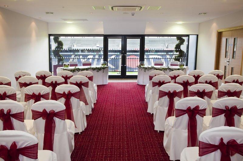 DoubleTree by Hilton Milton Keynes-Tactics Wedding Reception<br/>Image from Leonardo