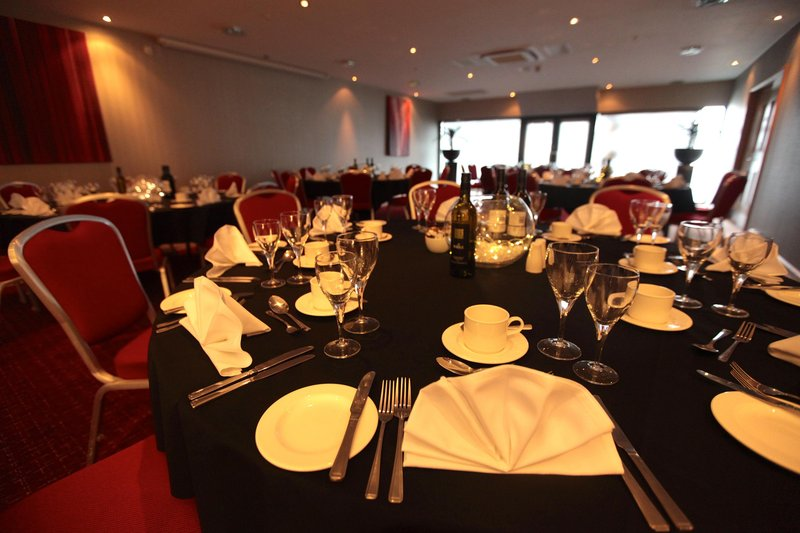 DoubleTree by Hilton Milton Keynes-Tactics for a private dinner<br/>Image from Leonardo