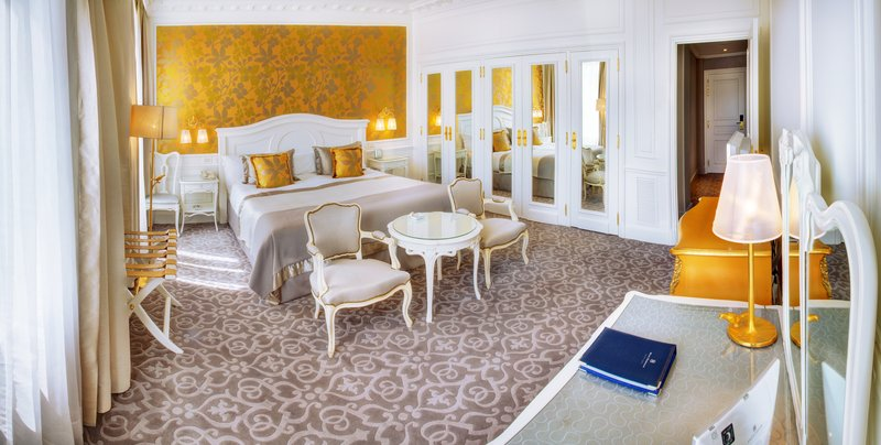 Hermitage Monte Carlo-Deluxe Room - City or Courtyard View<br/>Image from Leonardo