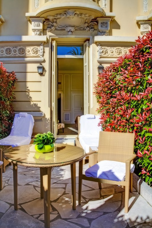 Hermitage Monte Carlo-Deluxe Room - City View with Terrace<br/>Image from Leonardo