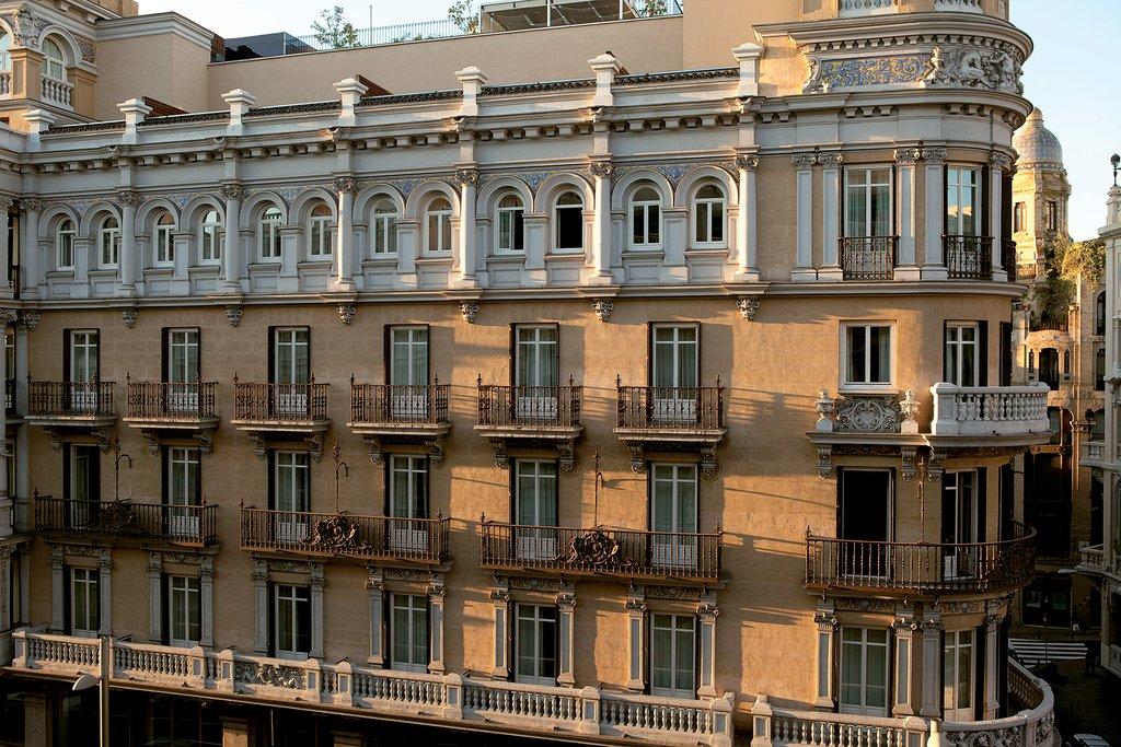 Iberostar Las Letras Gran Via - Fachada <br/>Image from Leonardo