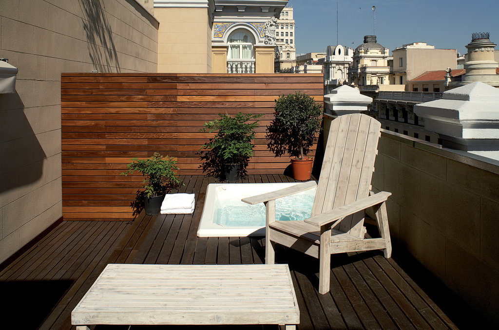 Iberostar Las Letras Gran Via-Superior Room With Terrace Jacuzz<br/>Image from Leonardo