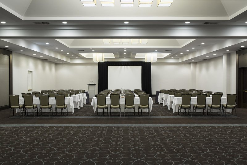 Hilton Winnipeg Airport Suites-Meeting Room<br/>Image from Leonardo