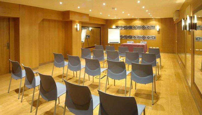 Evenia Rocafort-Conference Room<br/>Image from Leonardo