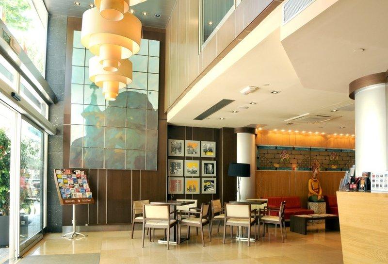 Evenia Rocafort-Lobby<br/>Image from Leonardo
