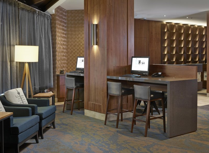 DoubleTree by Hilton Hotel & Conference Centre Regina-Business Center<br/>Image from Leonardo