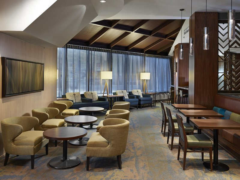 DoubleTree by Hilton Hotel & Conference Centre Regina-Wild Sage Lounge Area<br/>Image from Leonardo