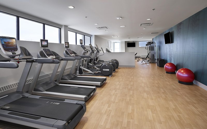 DoubleTree by Hilton Hotel & Conference Centre Regina-Fitness Center<br/>Image from Leonardo