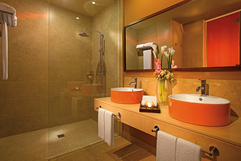 Breathless Punta Cana - BREPCAllure St Bathroom A <br/>Image from Leonardo