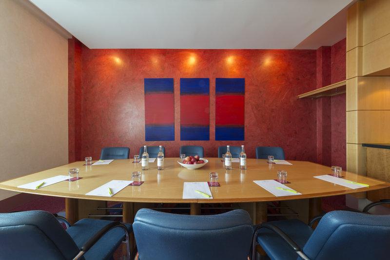 Jurys Inn Oxford-The Oxford Hotel Finstock<br/>Image from Leonardo