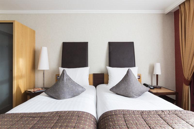Jurys Inn Oxford-The Oxford Hotel Guest Twin V<br/>Image from Leonardo