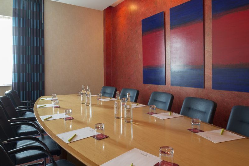 Jurys Inn Oxford-The Oxford Hotel Radley Meeting Room<br/>Image from Leonardo