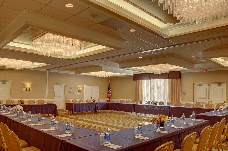 Holiday Inn Danbury-Bethel at Interstate 84-Ball Room<br/>Image from Leonardo