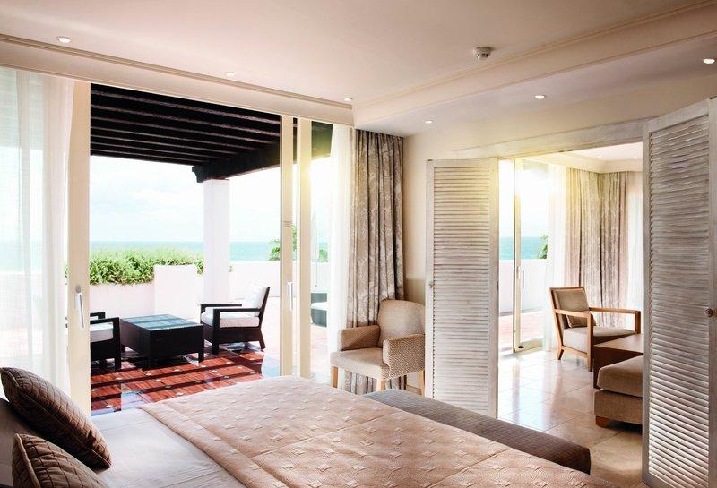 Hotel Puente Romano-Royal Suite Bedroom<br/>Image from Leonardo