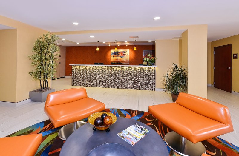 Best Western Plus Fresno Airport Hotel-Lobby<br/>Image from Leonardo