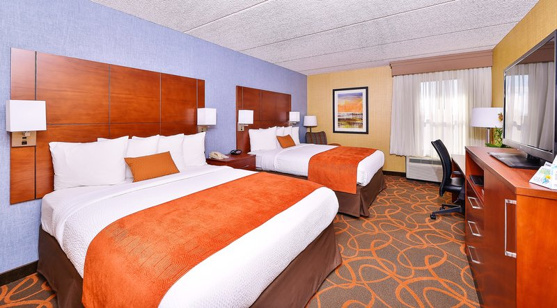 Best Western Plus Fresno Airport Hotel-Two Queen Guest Room<br/>Image from Leonardo
