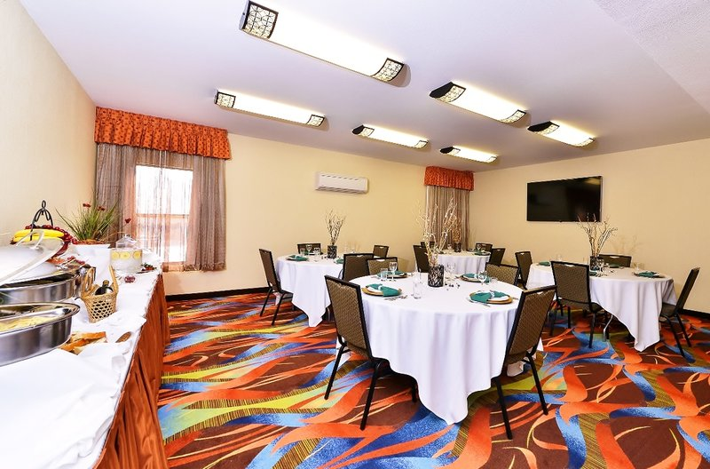 Best Western Plus Fresno Airport Hotel-Meeting Room<br/>Image from Leonardo