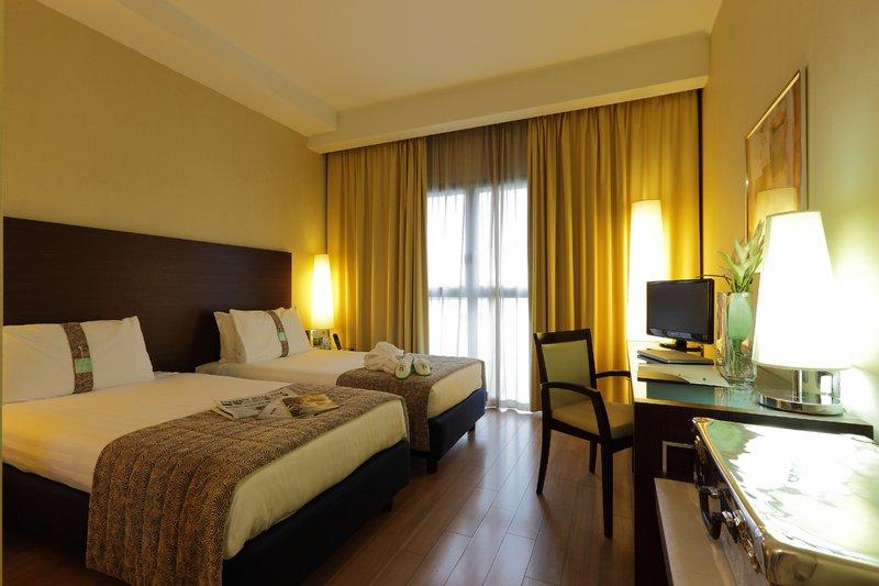 Holiday Inn Turin - Corso Francia-Standard Room<br/>Image from Leonardo