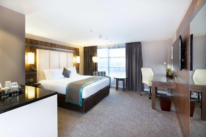 DoubleTree by Hilton Milton Keynes-King South Corner Room<br/>Image from Leonardo