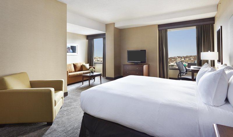 Hilton Saint John-One King bed with Sitting area Club floor<br/>Image from Leonardo