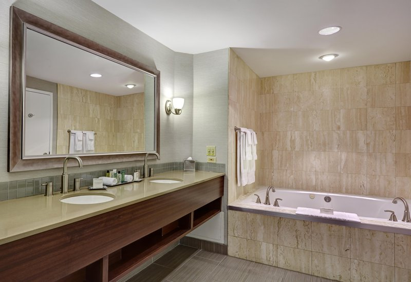 Hilton Saint John Trade &amp; Convention Centre-Royal suite bathroom with whirlpool tub<br/>Image from Leonardo