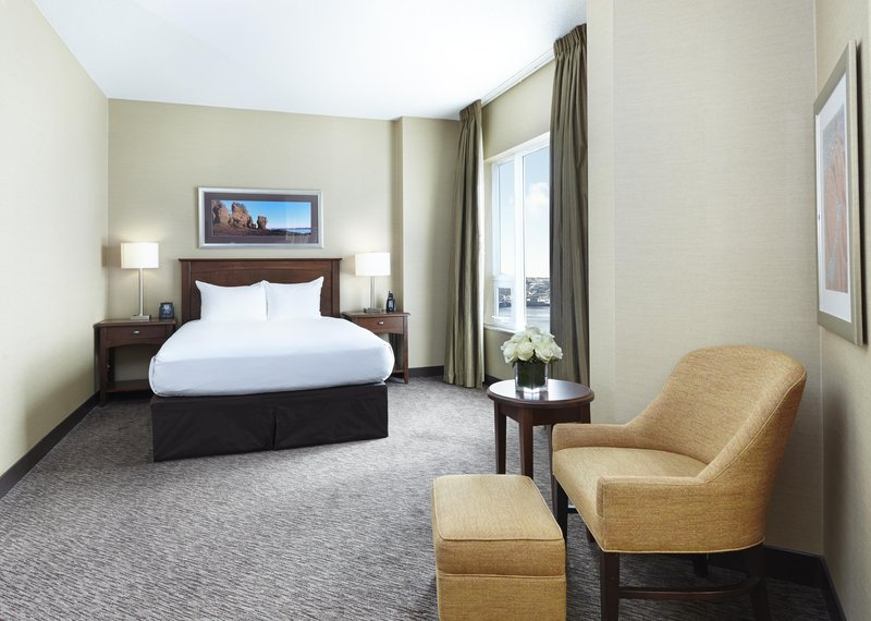 Hilton Saint John-One Queen bed Club floor<br/>Image from Leonardo