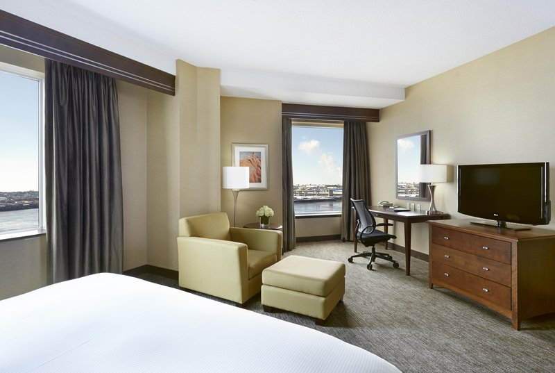 Hilton Saint John-One king bed with Harbourview <br/>Image from Leonardo
