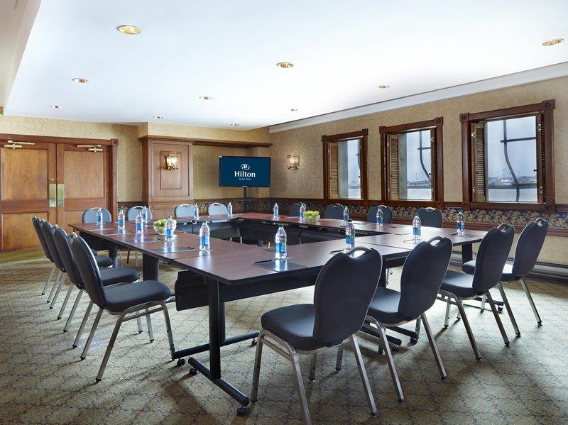 Hilton Saint John-Admirals Landing Meeting Room<br/>Image from Leonardo