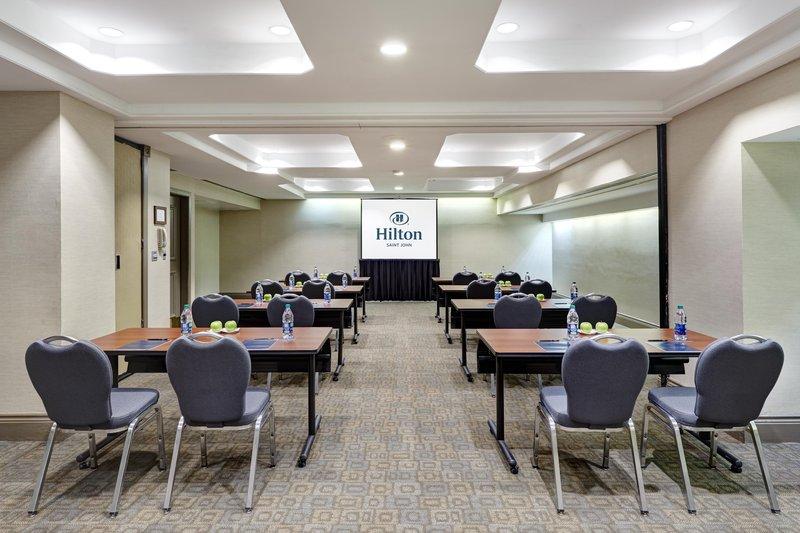 Hilton Saint John Trade &amp; Convention Centre-Belleisle Meeting room<br/>Image from Leonardo