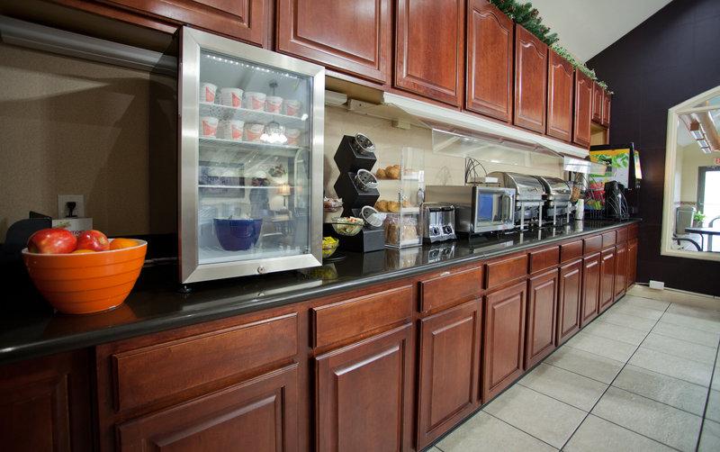 Best Western Plus Tulsa Inn  Suites-Breakfast<br/>Image from Leonardo