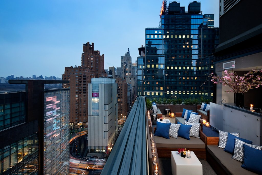 6 Columbus-a SIXTY Hotel-Rooftop Bar<br/>Image from Leonardo