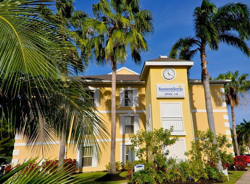 Sunshine Suites-Entrance<br/>Image from Leonardo